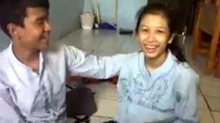 Download Video hebooh!!tersebar Video Mesum Full time  Pelajar SMPN 4 Jakarta bikin Gegerr MP3 3GP MP4