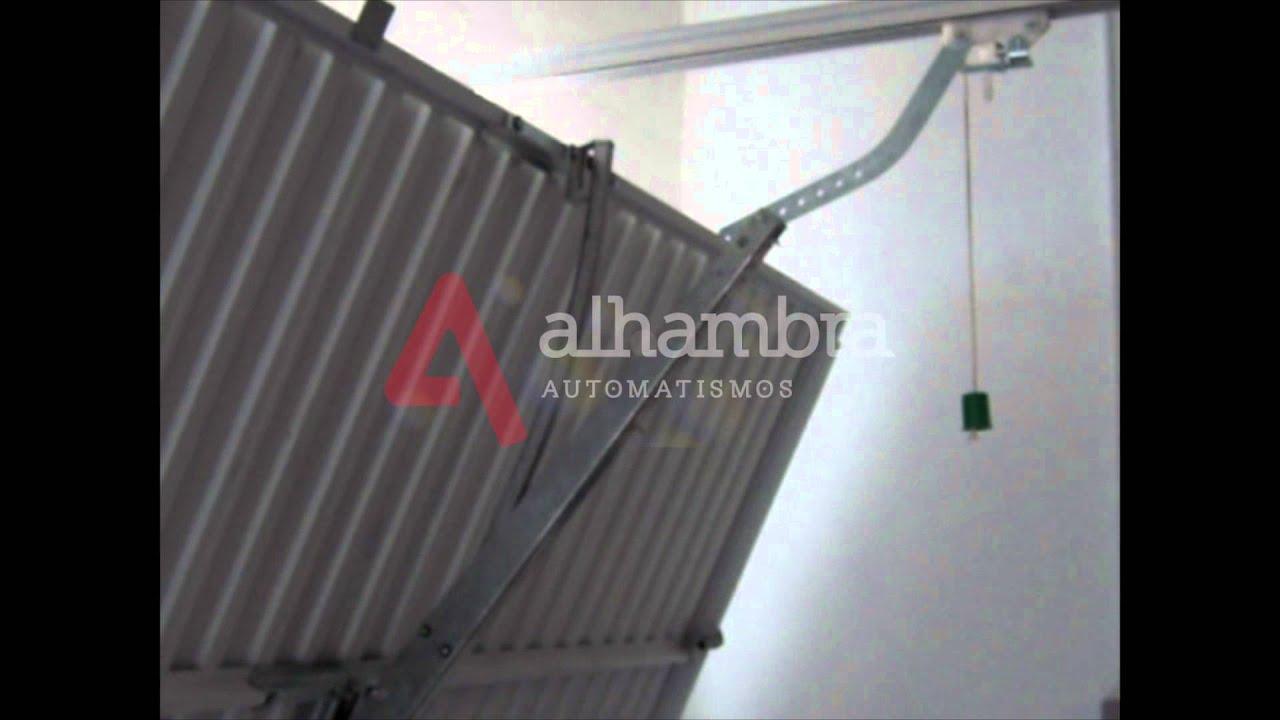 Puertas basculantes con muelles 2 youtube - Mecanismo puerta garaje ...