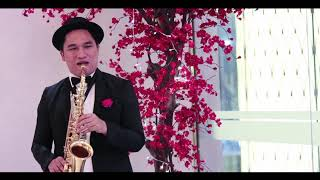 Video Elvis Presley - Can't Help Falling In Love - Saxophone Cover (Roni Butbut) download MP3, 3GP, MP4, WEBM, AVI, FLV Oktober 2018
