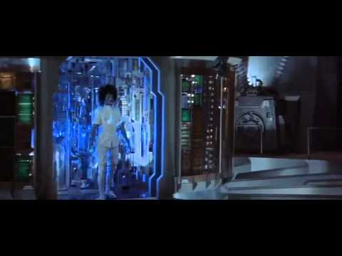SUPERMAN 3 - Computer Turns Ugly Woman Into Freaky Robot