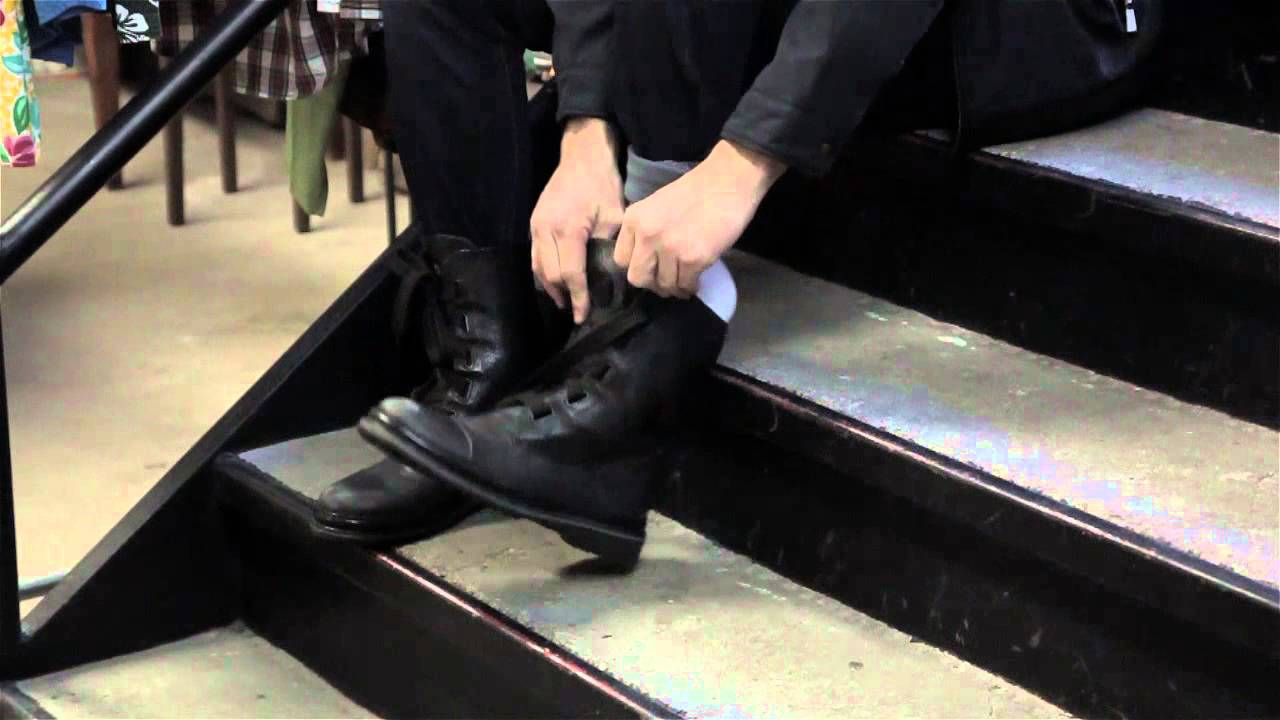 How to Cuff Long &amp Wide Jeans Into Boots : Men&39s Fashion - YouTube
