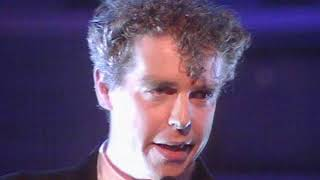 Pet Shop Boys - Left To My Own Devices (TOTP 01 12 88)