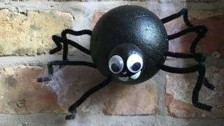 How to make: A Halloween Spider Decoration   Halloween Crafts   Kids Crafts