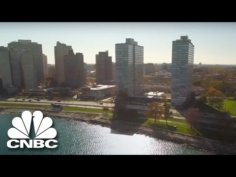 A Dentist Makes Friends With Pimps | American Greed | CNBC Prime