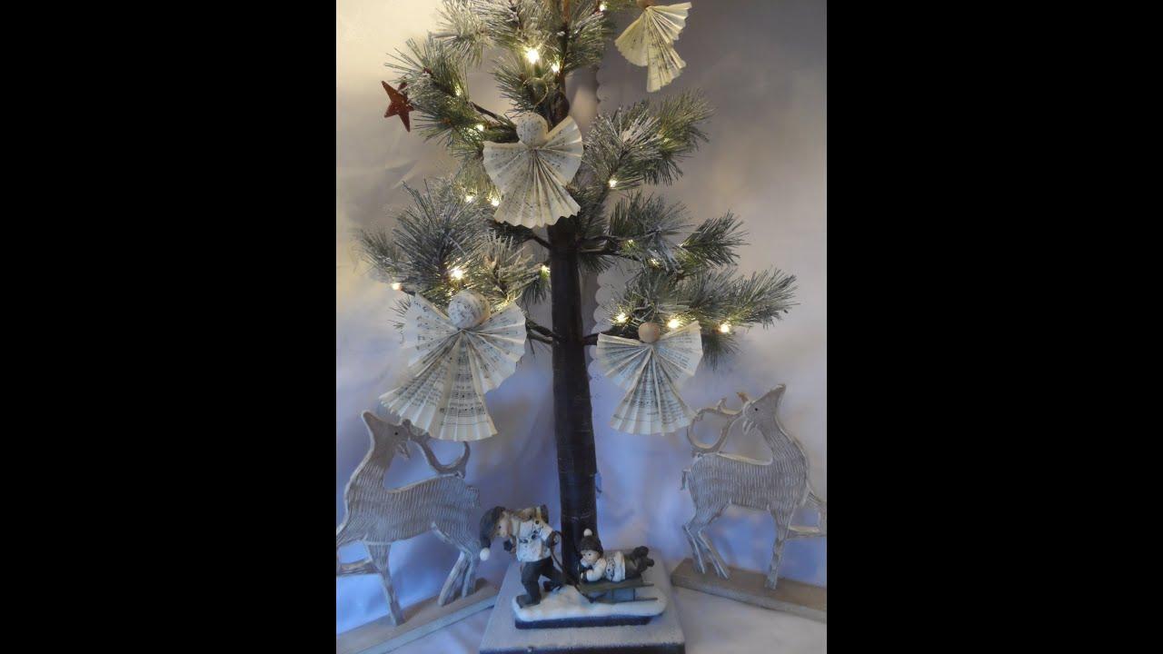 diy bastelidee engel aus buchseiten weihnachtsbaum. Black Bedroom Furniture Sets. Home Design Ideas