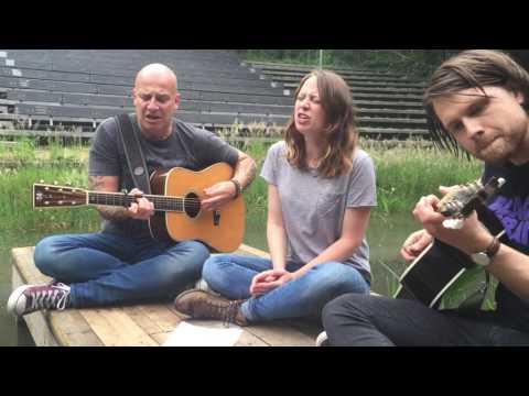 BLØF & Stephanie Struijk - 'We Doen Wat We Kunnen'