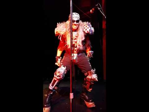 Master of Puppets- Metalachi