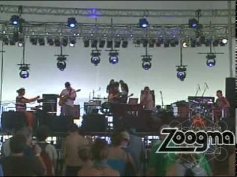 """Zoogma - """"Incredible Machine"""" Live at Wakarusa 6/4/10"""