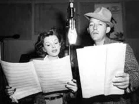 Клип Bing Crosby - Yah-ta-ta, Yah-ta-ta (Talk, Talk, Talk)