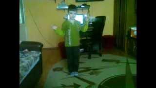 My little brother dancing Loredana ft. Cabron - Apa :))))))