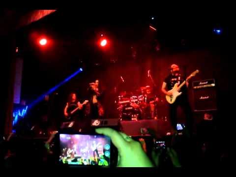 Saratoga-Con mano izquierda-en vivo-Monterrey