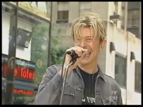 DAVID BOWIE - MODERN LOVE - LIVE NY 2003 - HQ