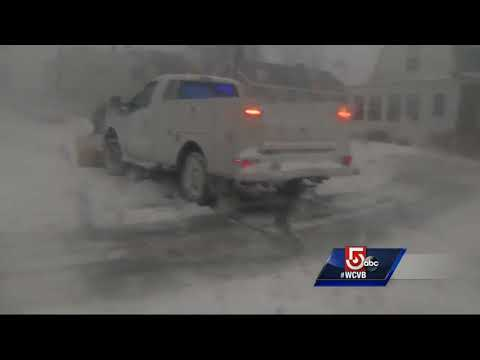 Icy flooding at high tide in Winthrop