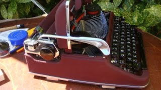 Vintage German MS3 Deluxe Olympia Typewriter / Typewritter With Case See Video