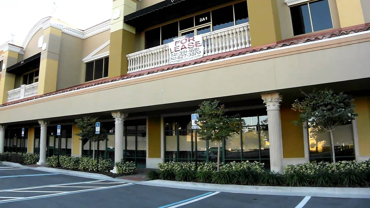 Piazza Roma International Drive Orlando Florida Samsung TL350