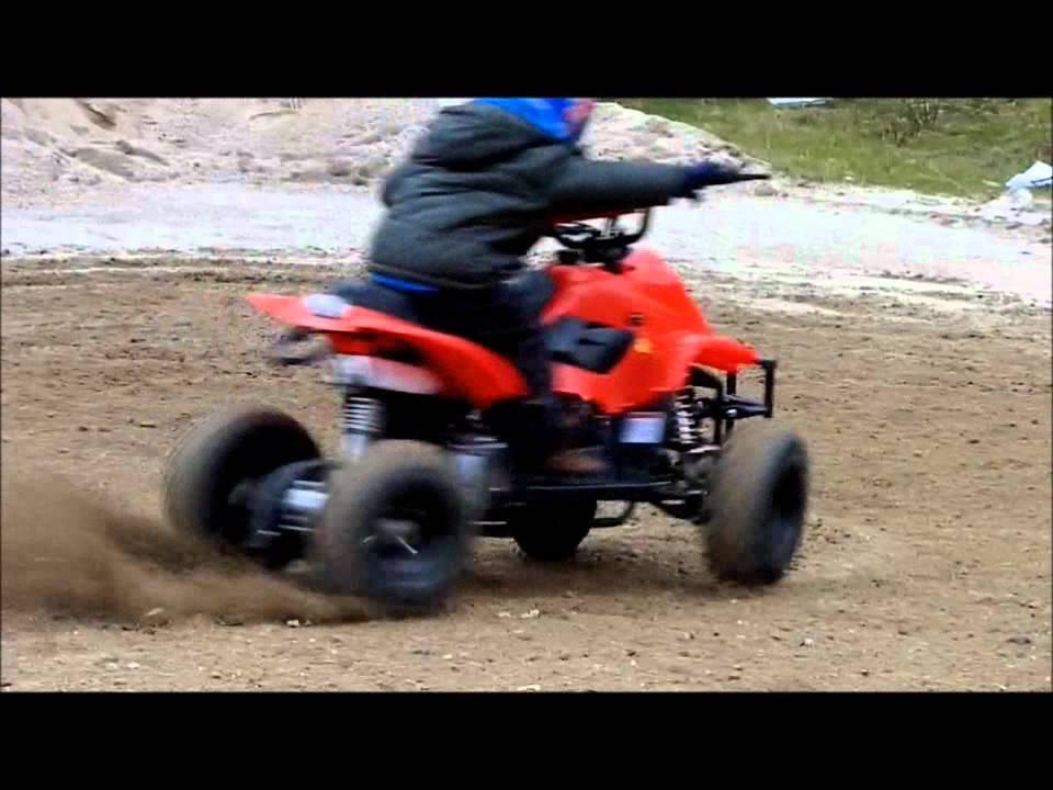 Schema Elettrico Quad 110 : Bambino pazzo su mini quad 110 cc youtube