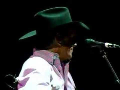 George Strait - Wrapped (live)