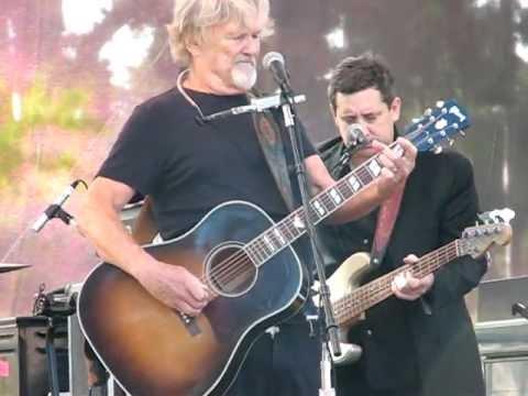 Kris Kristofferson w/ Merle Haggard playing