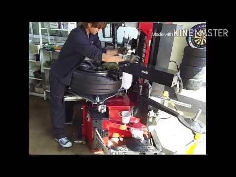 R35 GT-R タイヤ交換   TIRE FITTER