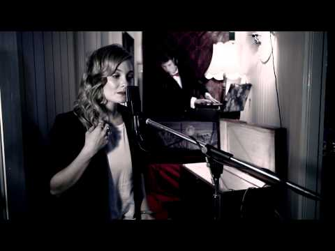 Tom Thum Glory Box ft Claire Walters Portishead beatbox
