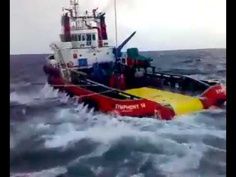 Offshore personal transfer by boat