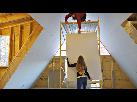 Beginners Install Drywall On 20 FOOT Cathedral Ceiling