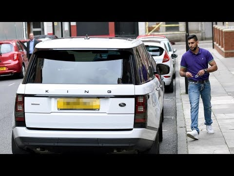 AMIR KHAN PUNCHED & CHASED THROUGH THE STREETS OF BOLTON OVER ROAD RAGE