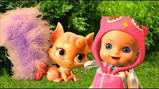 Мультик Барби: Милая кошечка спасла Люси на детской площадке - видео для детей с куклами и игрушками