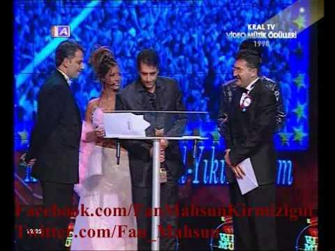 Mahsun Kırmızıgül'un 1998 Yilina Damga Vuran Yikilmadim Albümu icin Aldigi Ödüller