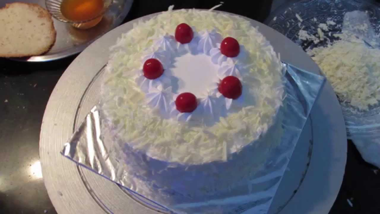 Easy Cakes White Forest Chocolate Cake For Birthday Kids Party Hindi Youtube