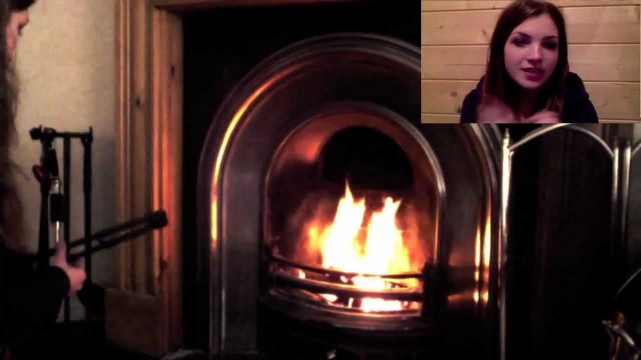 HOW TO LIGHT A TRADITIONAL LOG FIRE (IN A FIREPLACE) - YouTube