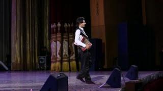 Ulug'bek Rahmatullayev konsertida - Sherzod BIN Xonandalarga taqlid