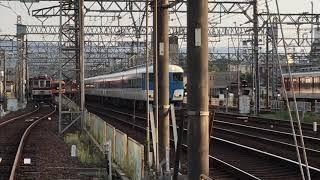 近鉄大阪線 名張駅 1番線➡️あおぞら標準塗装4両➕復刻塗装2両発車