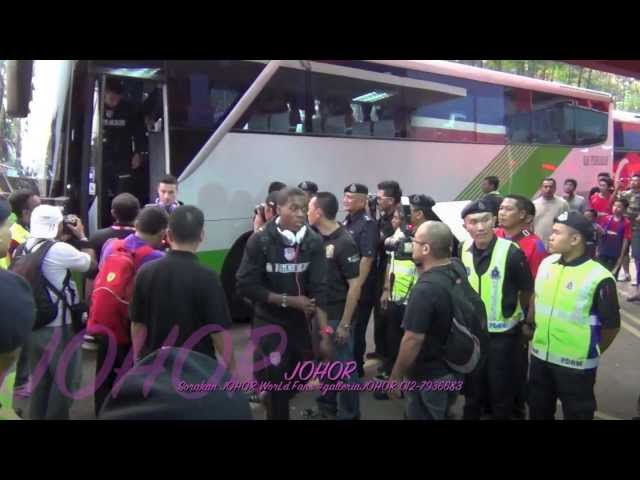 PERTH GLORY F.C. Australia vs JDT F.C. Malaysia 14-8-2013 [football match day] Travel Video