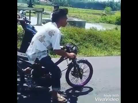 Kumpulan Video Drag Jatuh Jadi Lucu!!!!