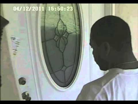Burglar Caught on Video Kicking Door Open & Burglar Caught on Video Kicking Door Open - YouTube pezcame.com