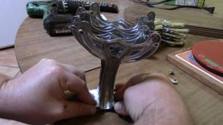 How to fix a wobbling or out of balance ceiling fan and make it silent and stable.