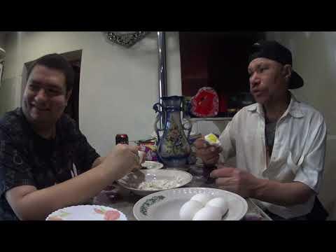 Обедаем с Монголом варёными яйцами в 17:40 вечера
