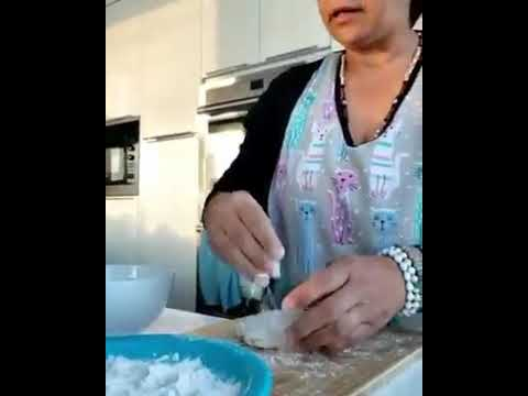 EPIC FAIL | WOMAN GETS SLAPPED WITH FLOUR IN THE FACE (WATCH TILL THE END)