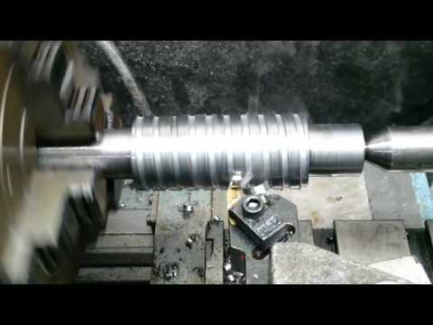 Cutting Worm Gear and Gear Hob on My Metal Lathe