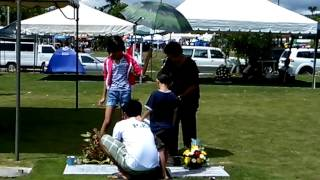 Jewel Sky ug Journey Star sa lubong ni Nanay Lory sa Manila Memorial Park