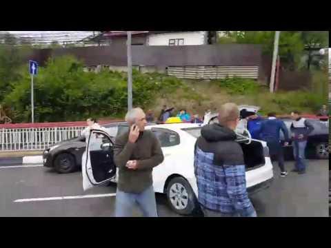 Сочи. Таксист сбил троих детей