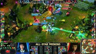 Repeat youtube video 2013 ALL-STAR League of Legends final game Korean LCL vs Chinese LPL game 1