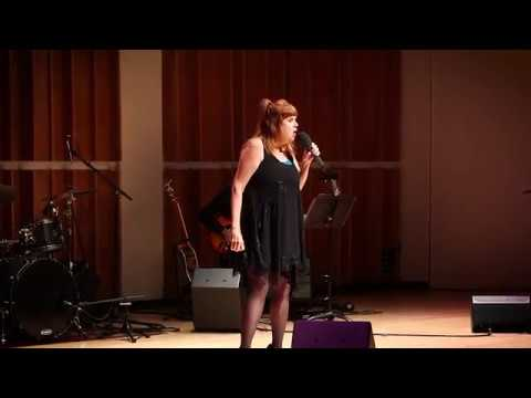 Annie Golden performs her uplifting