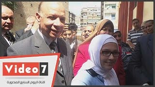 بالفيديو.. طالبة سورية تلقى قصيدة شعر فى مدح مصر أمام محافظ القاهرة