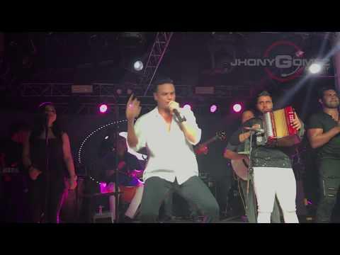 Casate Conmigo en vivo - Silvestre Dangond Ft Nicky Jam (Reclamo de Silvestre)
