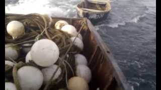 Курильские Острова - в море - Видео №41 - сняли невод(видео просто для тех кто хочет посмотреть, как все на самом деле прежде чем выбрать работу на рыбном промысле., 2015-07-21T22:47:46.000Z)