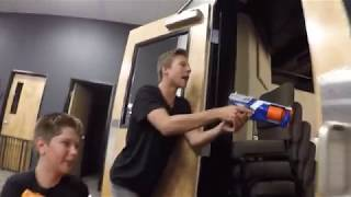 YG Nerf War: Capture the Flag (first person)