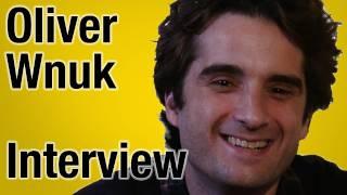 Baixar Oliver Wnuk: Ich bin ein Kontrollfreak! - Interview