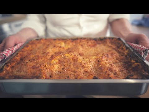 original-lasagna:-classic,-authentic-homemade-recipe,-how-we-really-do-it-in-italy-(with-subs)